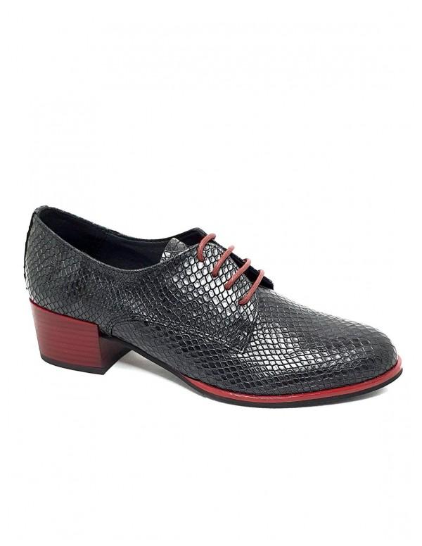 Zapato de mujer Garygar en negro 527